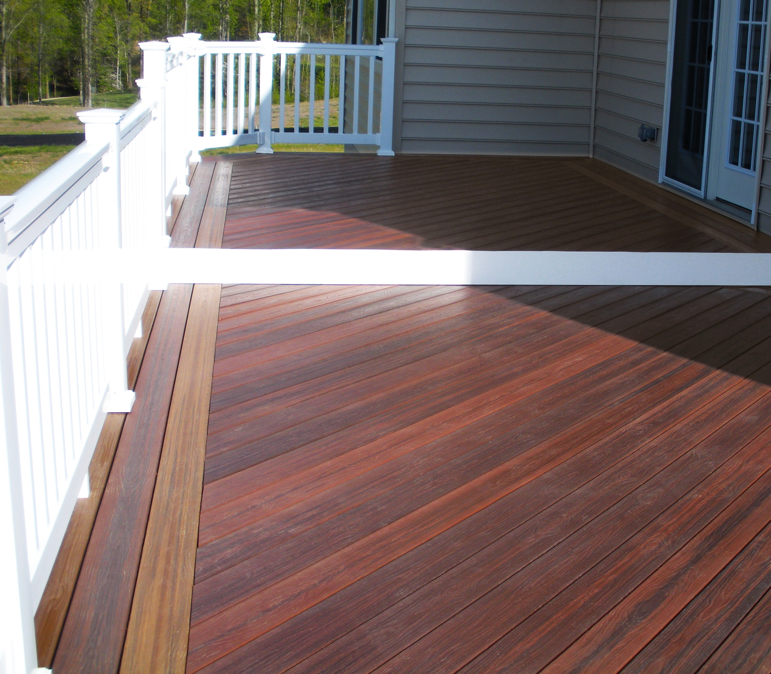 Best composite decking best composite decking resistant for Best composite decking material
